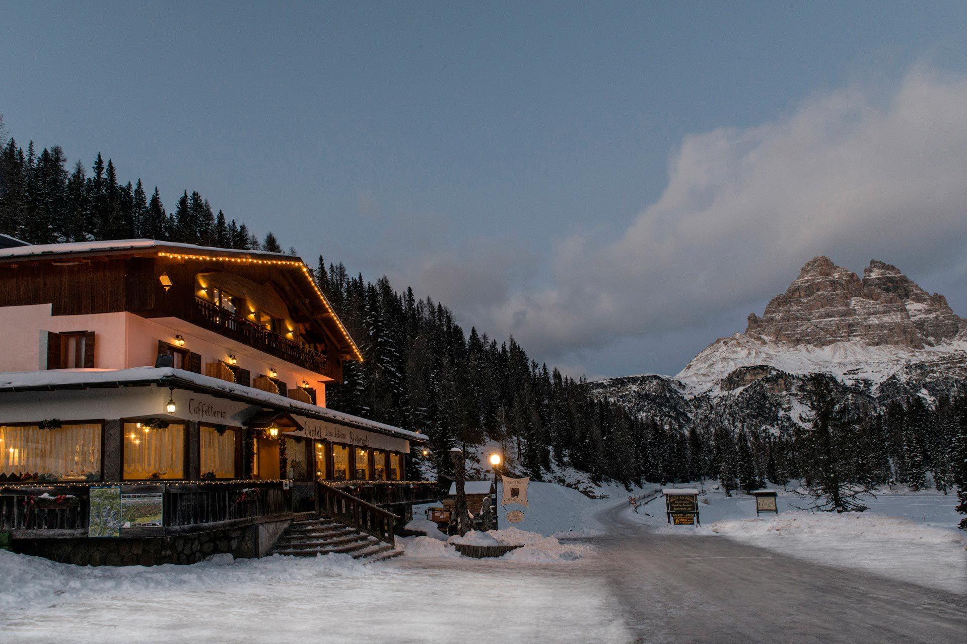 Chalet Lago Antorno winter